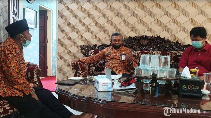 Wakil Bupati Sumenep Apresiasi Avan Fathurrahman untuk Para Siswa, Beri Bantuan dari Uang Pribadinya