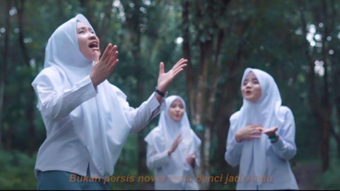 Download Lagu MP3 Aisyah Istri Rasulullah, Dicover oleh Putih Abu Abu, Video Terpopuler YouTube 2020