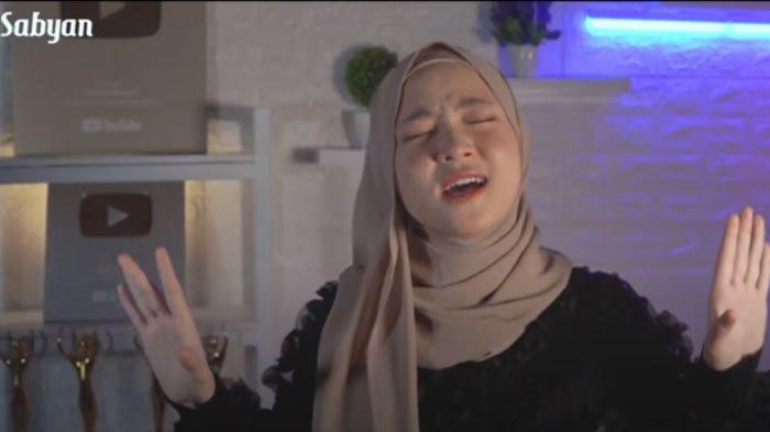 Download Lagu Aisyah Istri Rasulullah yang Dicover Nissa Sabyan, Sempat Trending Youtube, ada Lirik