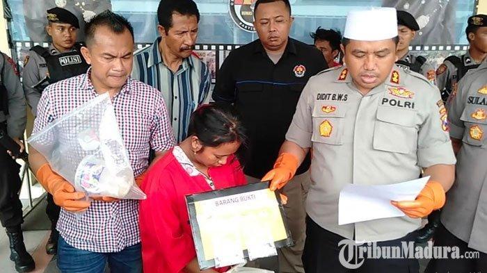 Ibu Rumah Tangga asal Sampang Nekat Jadi Bandar Sabu,Ditangkap saat Sedang Gendong Anak Bungsu
