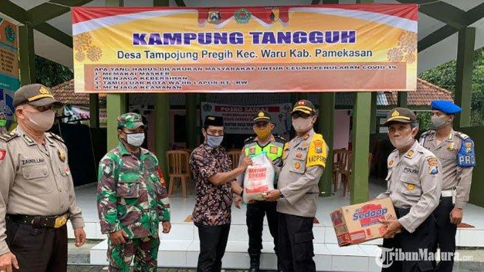 Kapolres Pamekasan Tinjau Sejumlah Kampung Tangguh, Salurkan Bantuan Paket Sembakountuk Warga