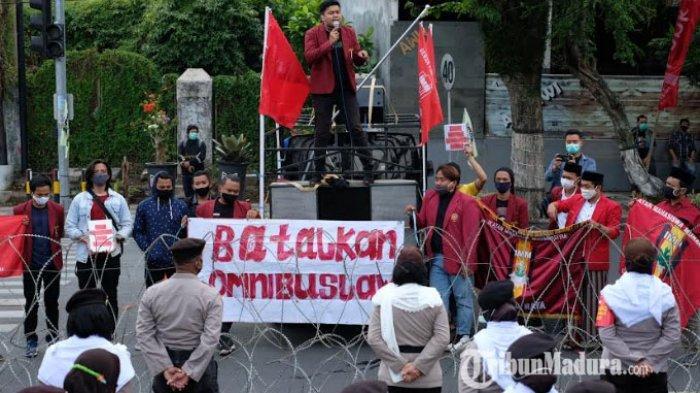 BREAKING NEWS Anggap DPR RI Tidak Mewakili Suara Rakyat, IMM Malang Raya Tolak Omnibus Law di Batu