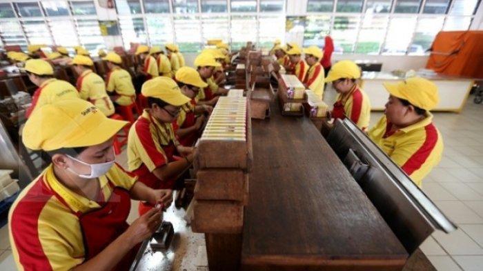 Wanita 40 Tahun Karyawan Pabrik Rokok Rungkut Surabaya Asal Kabupaten Mojokerto Positif Covid-19