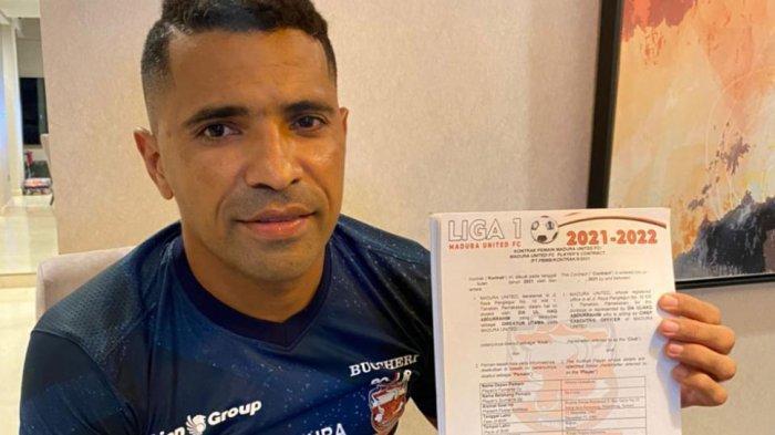 Alberto Goncalves Perpanjang Kontrak dengan Madura United, Akui Betah dan Nyaman Tinggal di Madura