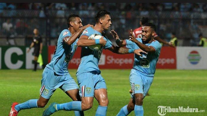 Persela Lamongan Turunkan Alex Dos Santos Melawan Madura United setelah Akhiri Masa Hukuman