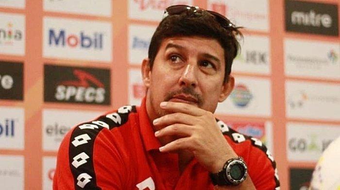 Ada Dalam Kontrak, Pelatih Arema FC Siap Tinggalkan Tim Jika Alami Kekalahan Beruntun Tiga Kali