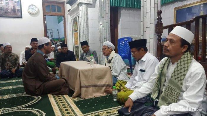 Cerita Alosius Kadi Malo Mantap Jadi Mualaf, Ikrar Syahadat Disaksikan Kiai dan Ratusan Santri