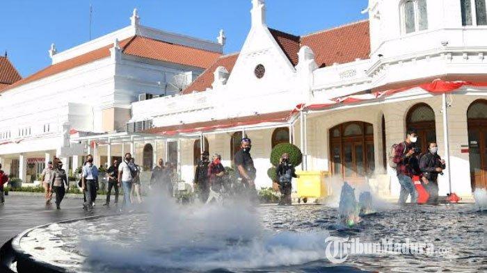 Alun-Alun Surabaya Ramai Pengunjung, Pemkot Lakukan Evaluasi, Pagelaran Seni Dihentikan