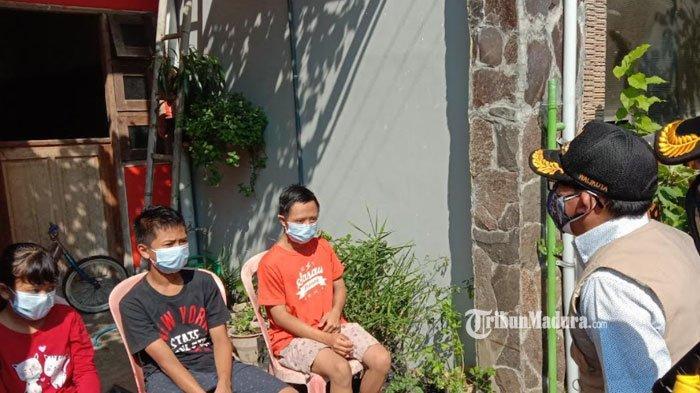 Ibunya Meninggal, Ayah Dirawat di RS, Tiga Anak ini Jalani Isolasi Mandiri di Rumah Tanpa Orangtua