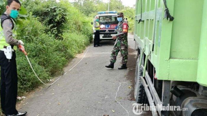 Pengendara Motor di Bangkalan Oleng ke Kiri hingga Masuk ke Kolong Dump Truk, Korban Tewas di Tempat