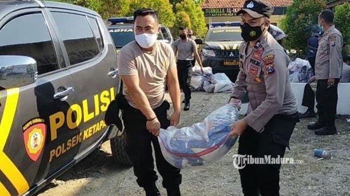 Peduli Sesama, Polres Sampang Distribusikan 52 Ton Beras untuk Masyarakat Terdampak PPKM Darurat