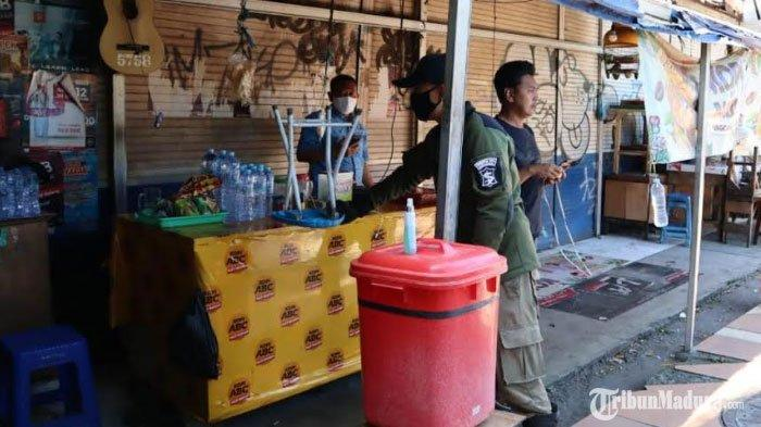 Membandel, Penjual Makanan Masih Buka saat Siang Hari, Ketegasan Satpol PP Bangkalan Dipertanyakan