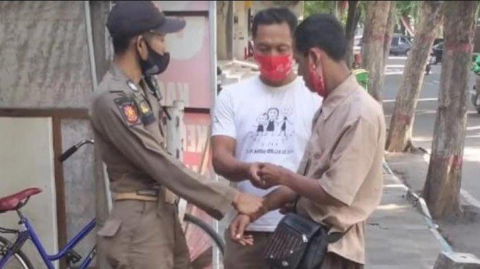 Aksi Brutal Pengamen di Tulungagung,Mencaci dan Menginjak Kaki Pengguna Jalan Jika Tak Diberi Uang