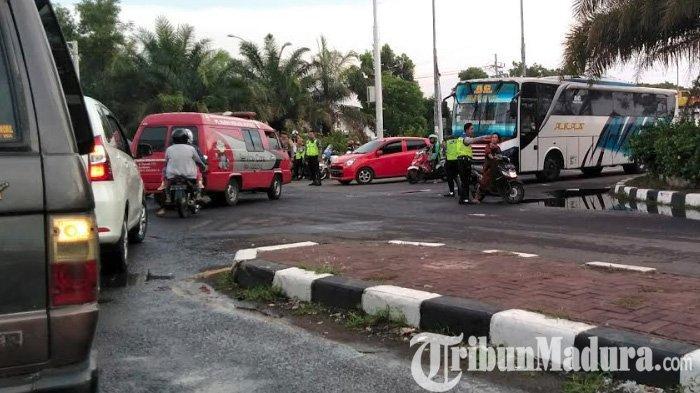 Puting Beliung Terjang Akses Suramadu, Arus Kendaraan Jalur Barat dari Surabaya ke Bangkalan Macet