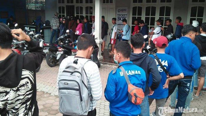 Arema FC Vs Timnas U-22, Aremania Penuhi Kandang Singa 3 Jam Jelang Kick Off Laga Uji Coba