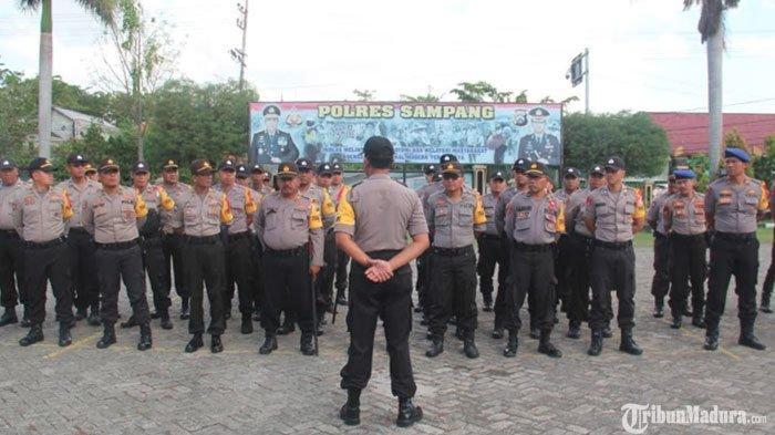 Polres Sampang Kerahkan Ratusan Personel saat Pelantikan Kades Terpilih, Diterjunkan H-1 Pelaksanaan