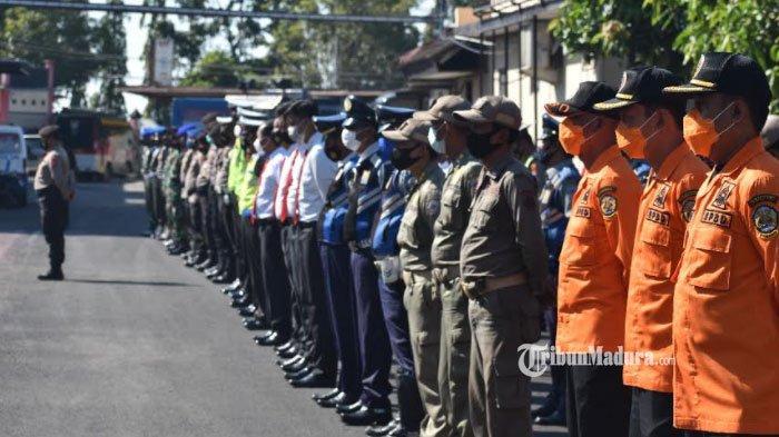 Apel Kesiapan Pengamanan Larangan Mudik Hari Raya Idul Fitri di Mapolres Bangkalan, Senin (26/4/2021).