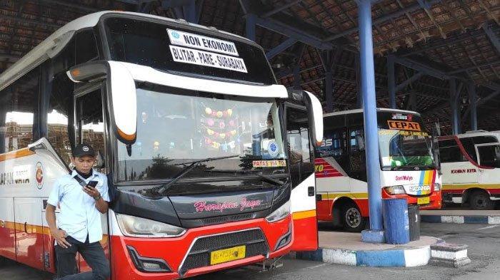 Penumpang Bus Terminal Patria Tipe A Kota Blitar Naik 20 Persen Pasca Larangan Mudik Lebaran 2021