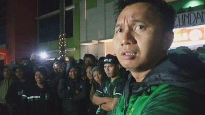 Presiden Persebaya Azrul Temui Bonek Geruduk Kantor Bajul Ijo, Ini Janjinya Meredam Protes Suporter
