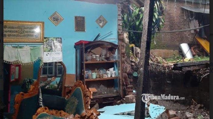 Kota Blitar Diguyur Hujan Deras, Bangunan Rumah Warga dan Talud Ambrol Akibat Rembesan Air Hujan