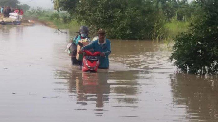 Ribuan Rumah dan Fasilitas Umum di 2 Kecamatan Gresik Terendam Banjir Akibat Luapan Kali Lamong