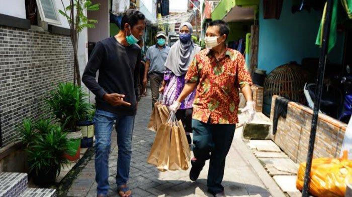 Pemkot Surabaya Salurkan Bantuan Makanan untuk Warga yang Isoman, Begini Cara Mendapatkannya