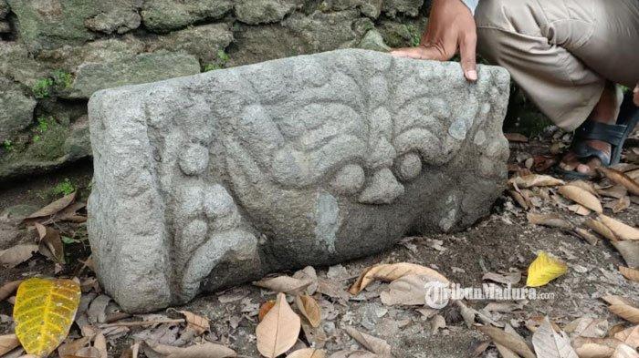 Benda cagar budaya purbakala yang ditemukan warga di Desa Klanderan, Kecamatan Plosoklaten, Kabupaten Kediri, Selasa (13/4/2021).