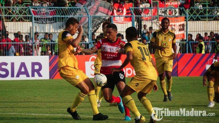 RasimanApresiasi Pemain Madura United, Sebut Tak Mudah Kejar 2 Gol dalam Waktu Kurang dari 20 Menit
