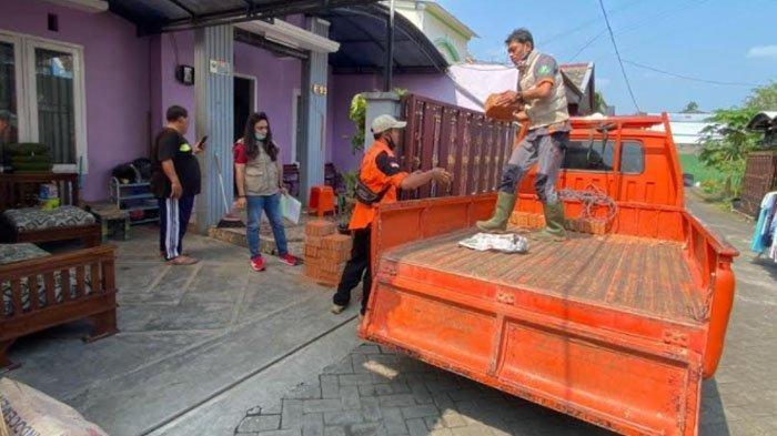 BPBD Kota Malang Salurkan Bantuan Berupa Material untuk Warga yang Rumahnya Rusak Akibat Gempa