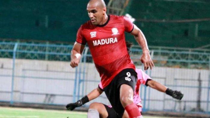 Tampil Memukau di Uji Coba Perdana Bersama Madura United, Rahmad Darmawan Puji Kualitas Bruno Lopes