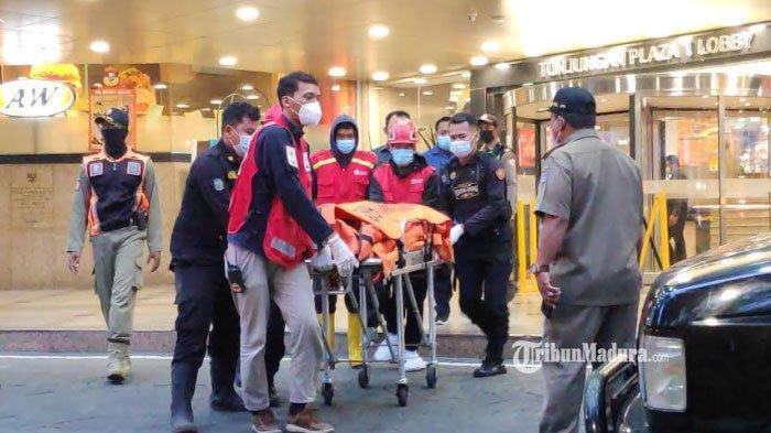 Diduga Bunuh Diri, Pria Melompat dari Lantai 2 Tunjungan Plaza Surabaya, Identitas Warga Tulungagung