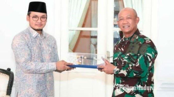 Bupati Bangkalan Ra Latif Terima Kunjungan Kerja Danlantamal V Surabaya di Pendapa Agung