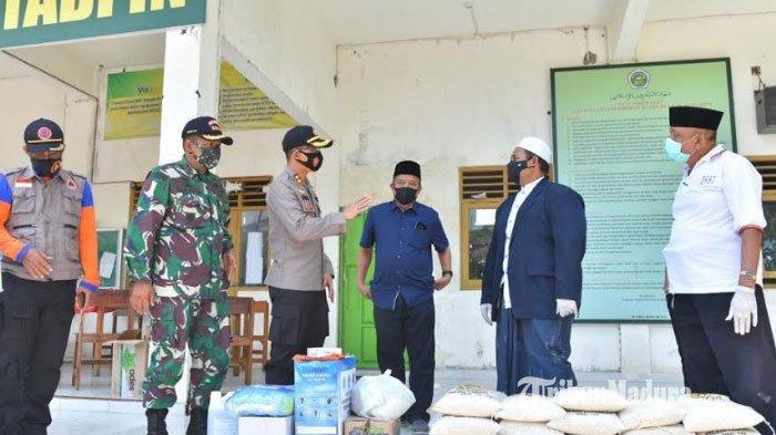BREAKING NEWS - 36 Santri Ponpes Al Muthadi'in di Babat Lamongan Positif Covid-19