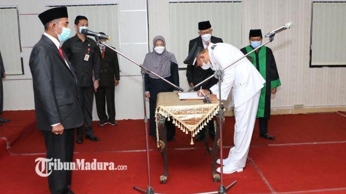 Bupati Sumenep Achmad Fauzi Resmi Lantik Kades Pancor Hasil PAW, ada Pesan yang Disampaikan