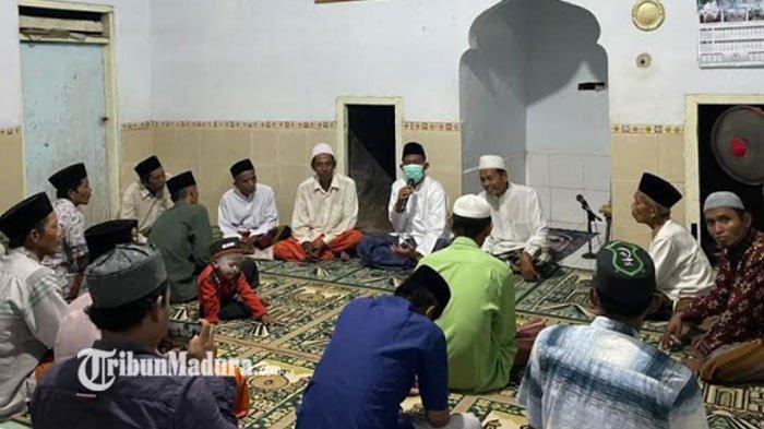 Bupati Sumenep Achmad Fauzi Sambut Nisfu Syaban di Musala Warga, Beri Pesan untuk Generasi Penerus