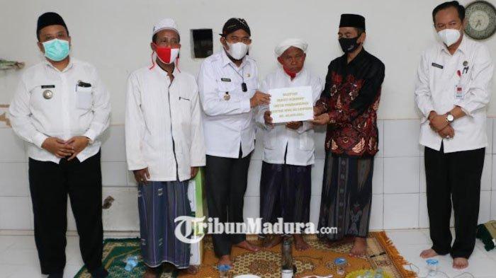 Bupati Sumnep Achmad Fauzi Berikan Bantuan Rp 20 Juta Untuk MWC NU Lenteng