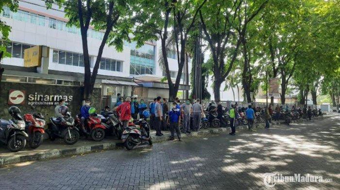 Puncak Demo Buruh Aksi Penolakan UU Cipta Kerja,Polisi Imbau Massa Tak Terprovokasi Penyusup