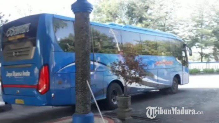 Kondisi Terminal Kambang Putih Tuban di Hari Kedua Transisi New Normal, Hanya 4 Bus yang Beroperasi