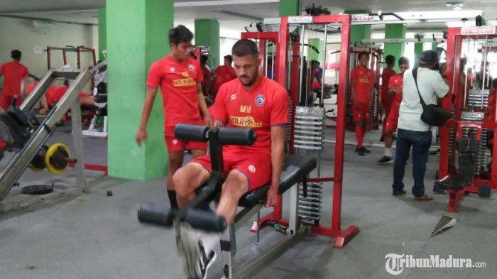 Pemain Asing Baru Arema FC Bruno Smith Batal Jalani Latihan Perdana pada Senin Pagi, Ini Alasannya