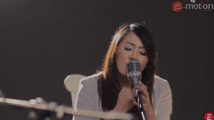 Download Lagu Mp3 Cassandra Cinta Terbaik Lengkap Beserta Lirik Dan Juga Cara Downloadnya Halaman All Tribun Madura