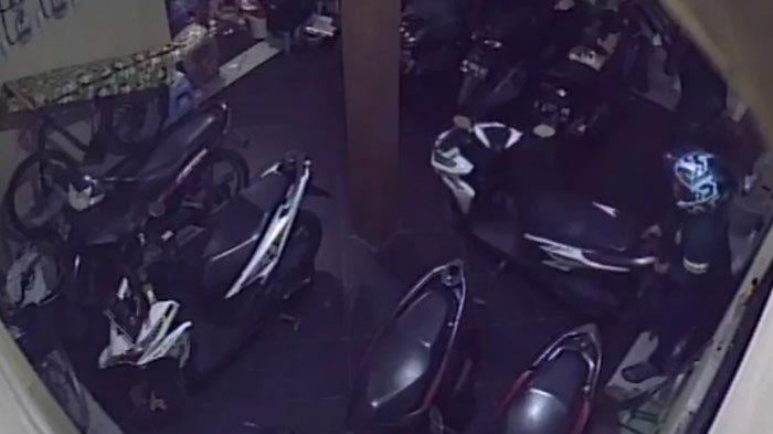 Baru Lunas Kredit Motor Satu Bulan Lalu,Honda Vario Milik Penghuni Kos di Surabaya Dicuri Maling