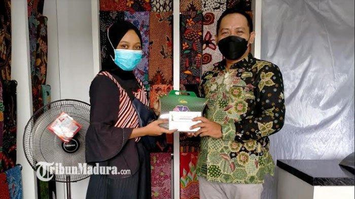 CEO Batik KaDe Pamekasan Umumkan Pemenang Lomba Desain Batik se-Indonesia, Juga Santuni Anak Yatim