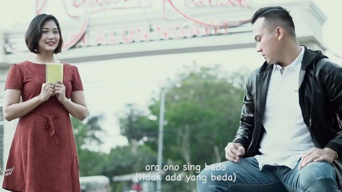 Download Lagu MP3 Denny Caknan X Ndarboy Genk Berjudul Ngawi Nagih Janji, Trending Youtube