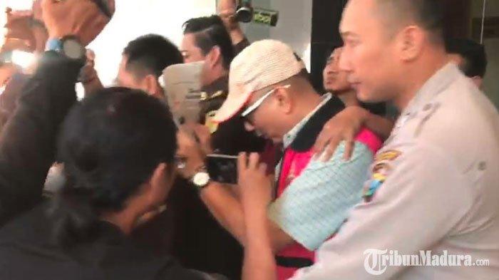 BREAKING NEWS - Politisi Gerindra yang Wakil KetuaDPRD Kota Surabaya Ditahan Kejari Tanjung Perak