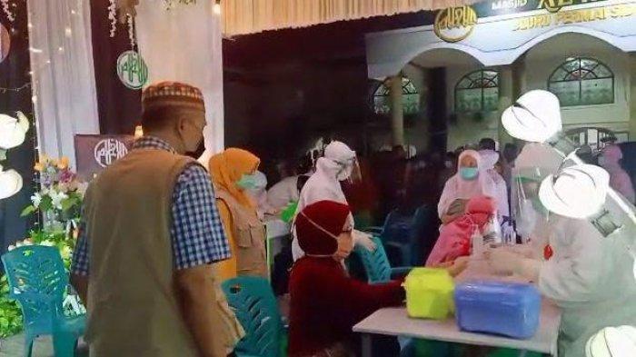 Ratusan Jemaah di Perumahan Bluru Permai Sidoarjo Rapid ...