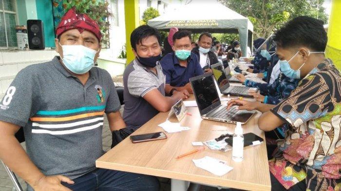 Sejumlah Wartawan Mendadak Demam Jelang Divaksin, 100 Ampul Vaksin di Bangkalan Terpakai 37 Sasaran
