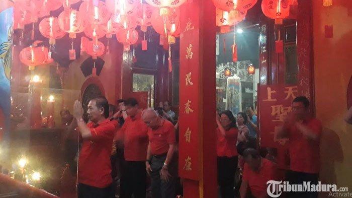 Tahun Baru Imlek, Umat Tionghoa di Gresik Doakan Indonesia Bebas Korupsi dan Disegani Negara Lain