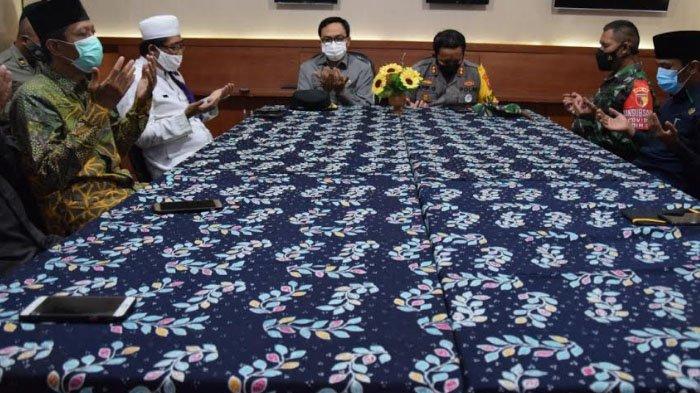 Polres Pamekasan, Pemkab Bersama Tokoh Agama Gelar Doa Bersama untuk 53 Awak Kapal KRI Nanggala 402