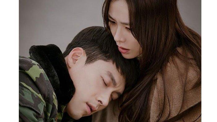 Nonton StreamingCrash Landing on You Sub Indo Episode 1 - 16, Bisa Download Drama Koreanya Lewat HP