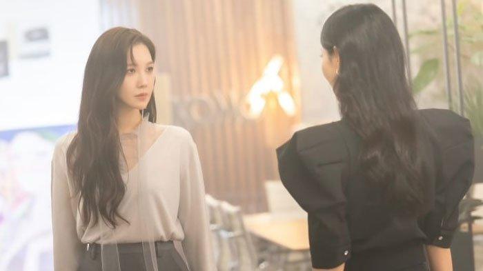 Bocoran The Penthouse Eps 8, Su Ryeon dan Cheon Seo Jin Terlibat Konfrontasi, Tahu Rahasia Seo Jin?